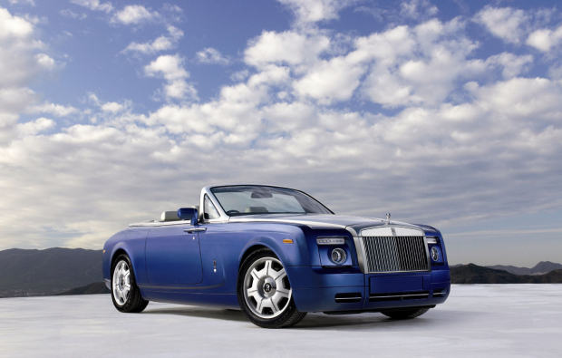 Символ богатства: Rolls Royce Drophead Coupe